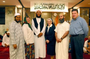Mosque welcomes Christians