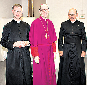 Laid to rest: Fr Kenneth Walker (left). Photo: CNS/courtesy PhoenixLatinMass.com