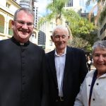 Fr David Pascoe enjoyed a friendly conversation with Pat and Desley Loth