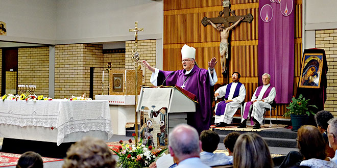 Brisbane Archbishop encourages Neocatechumenal Way community