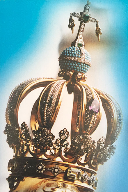 The crown of Our Lady of Fatima with the mounted bullet that wounded Pope John Paul II