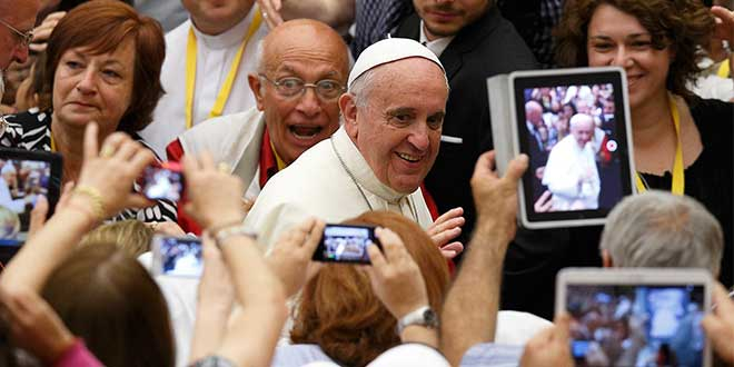 Are we listening to Pope Francis when he asks us to turn off our mobile phone at Mass?