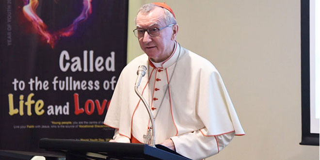 Cardinal Parolin speaking at the Oceania Bishops meeting