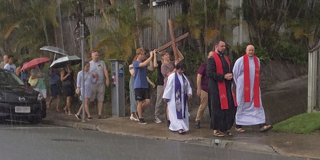 stations of the cross in Burleigh