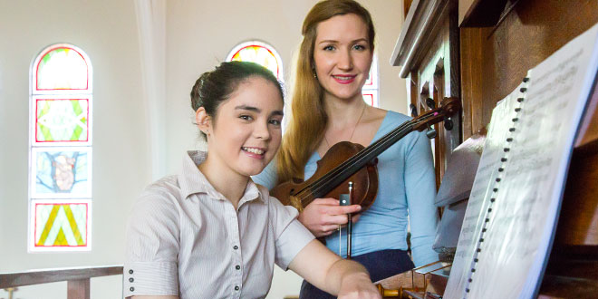 Domus Dei Duo bringing Bach sacred music to the Church