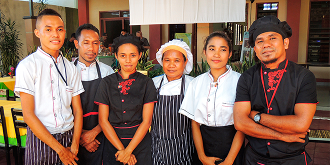 Young Timorese trainee chefs