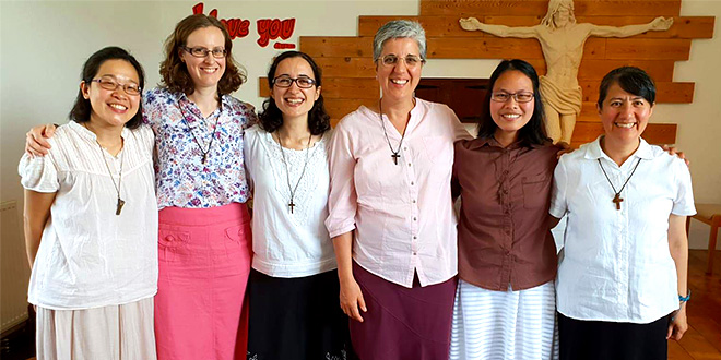 Responding to God's gentle voice, Sr Teresa  makes her first profession as a Verbum Dei Missionary